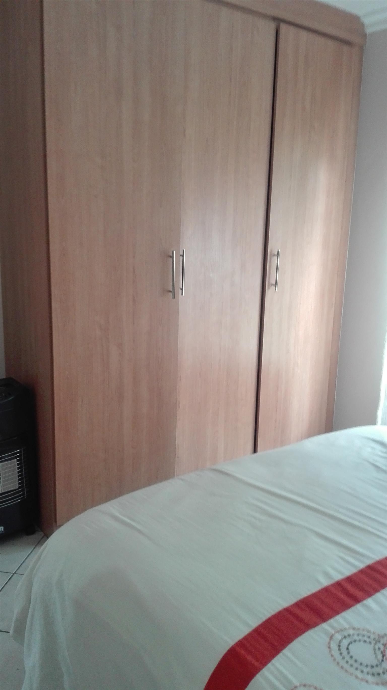 WILLOW PARK MANOR.  3 BEDROOM SIMPLEX