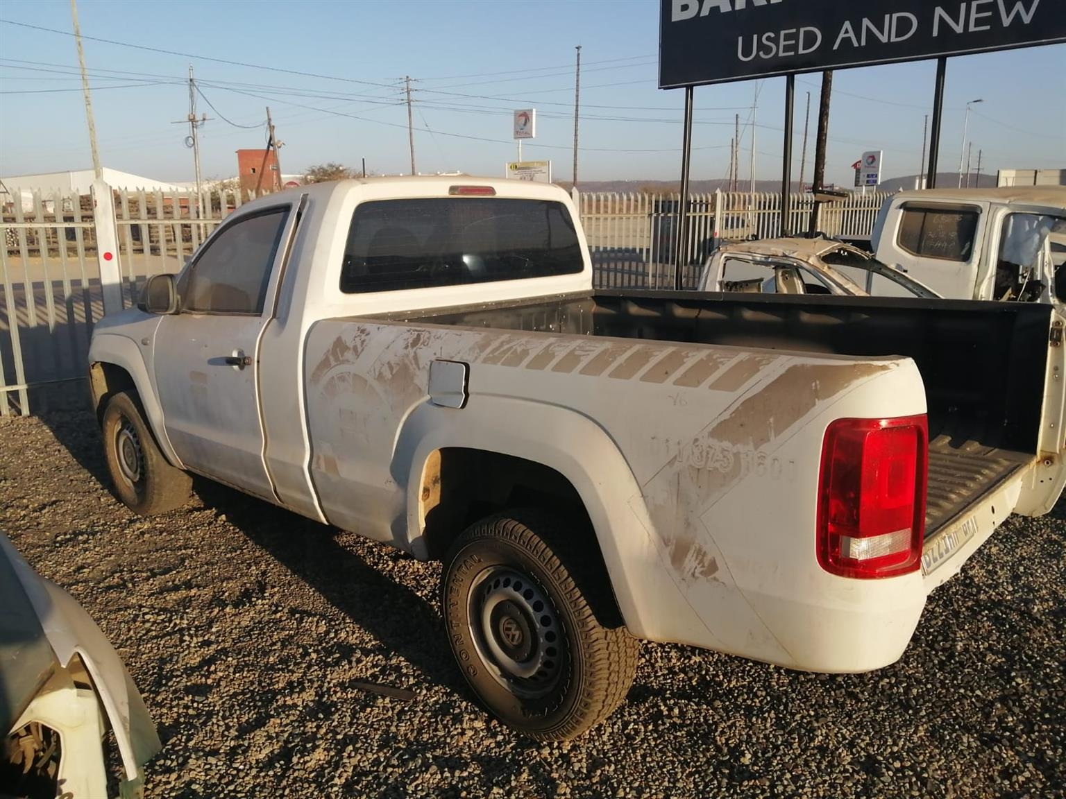 VW Amarok Single Cab stripping for spares