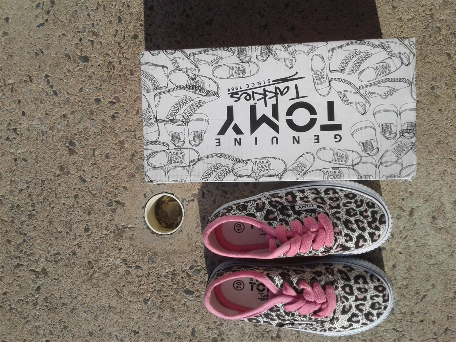 3 pairs of girls Tomy takkies.all are brand new with box. Size 10,12,13