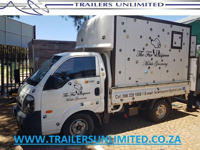 TRAILERS UNLIMITED. CUSTOM BUILD INSULATED PANELS.