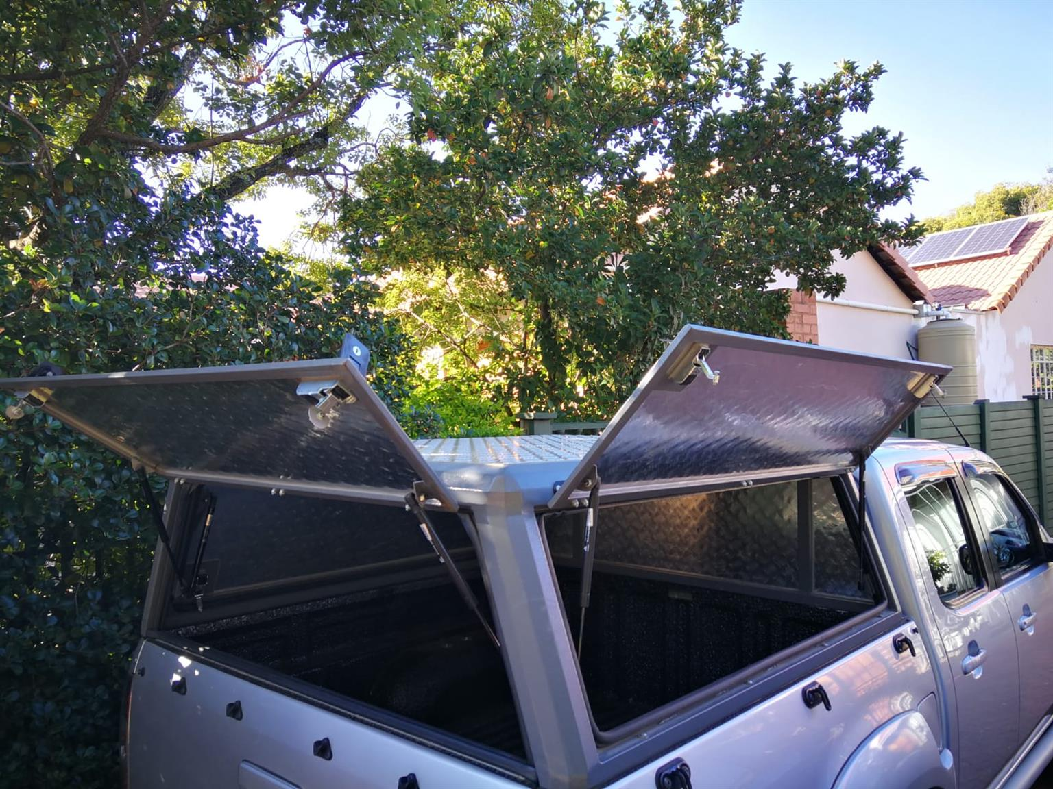 Double cab Mazda BT 50 Canopy