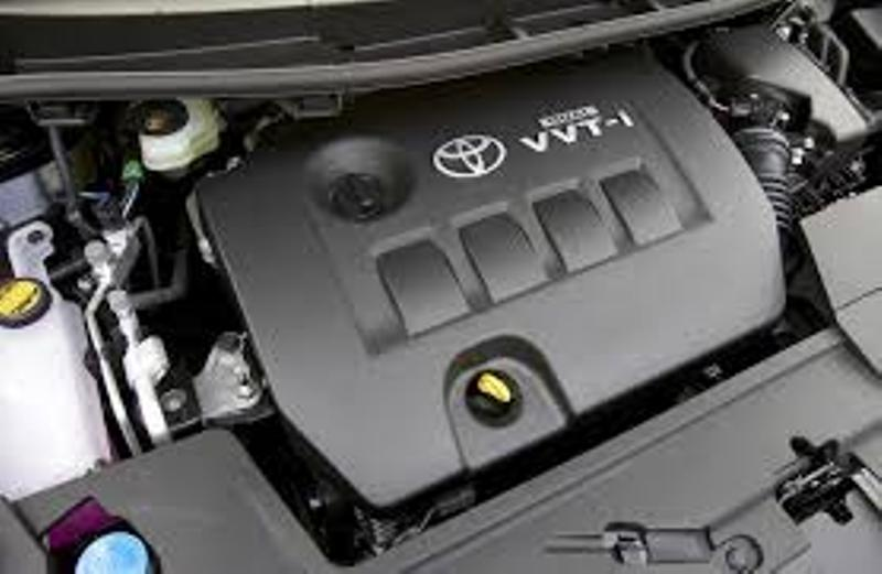 Complete Second hand used TOYOTA COROLLA/YARIS 1.8L, 2ZR Engines