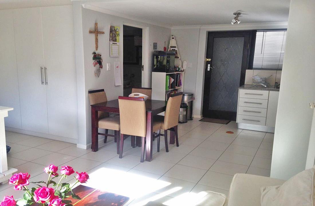 Apartment For Sale in Beach Estate