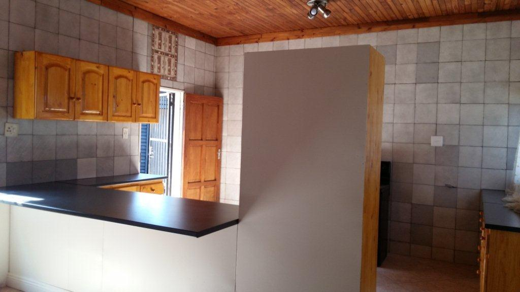 Newly renovated 4 Bedroom House in Rustenburg Central