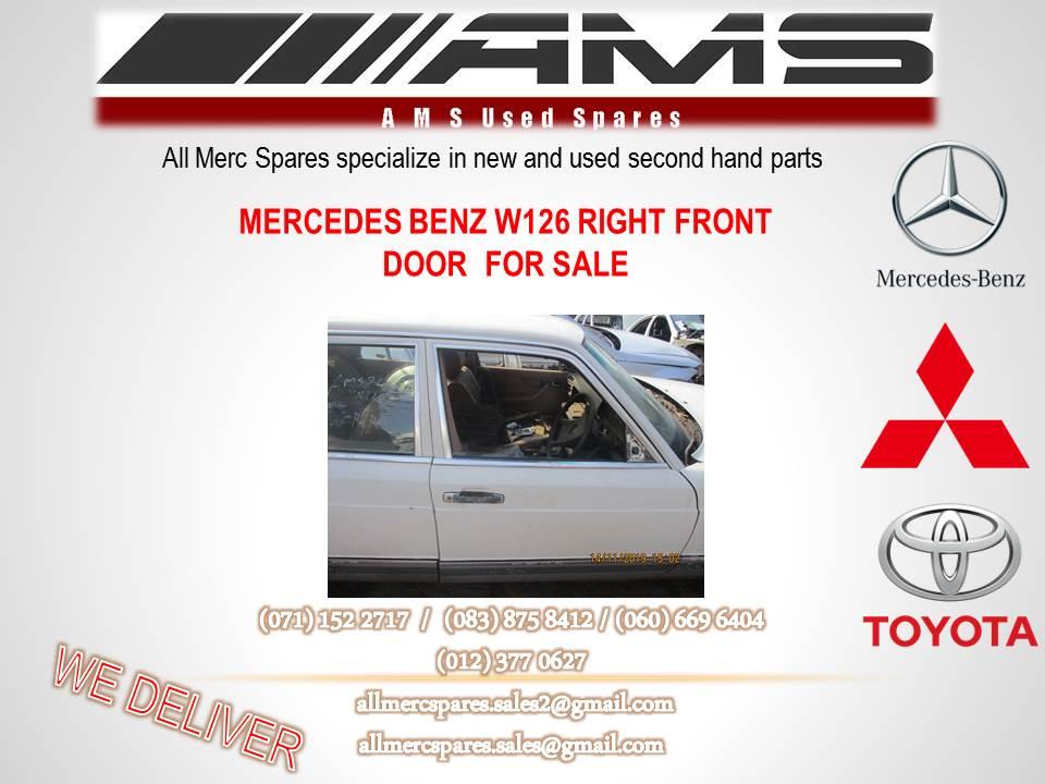 MERCEDES BENZ W126 RIGHT FRONT DOOR FOR SALE