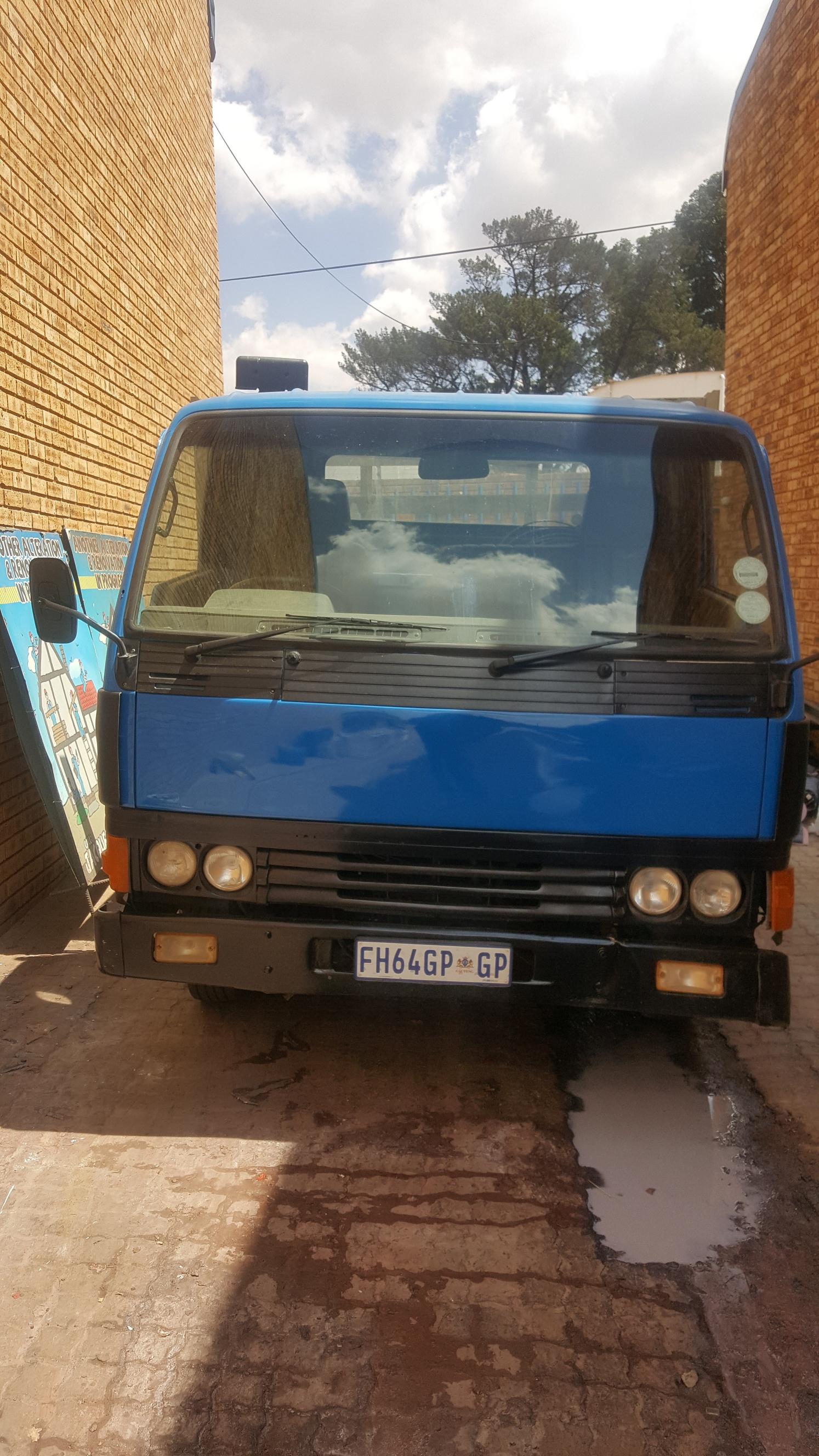 1996, Ford Triton Truck, Dropside, Blue & White