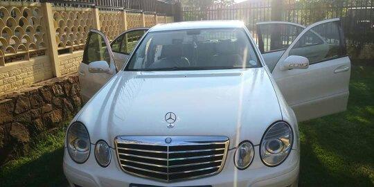 2009 Mercedes Benz 200E