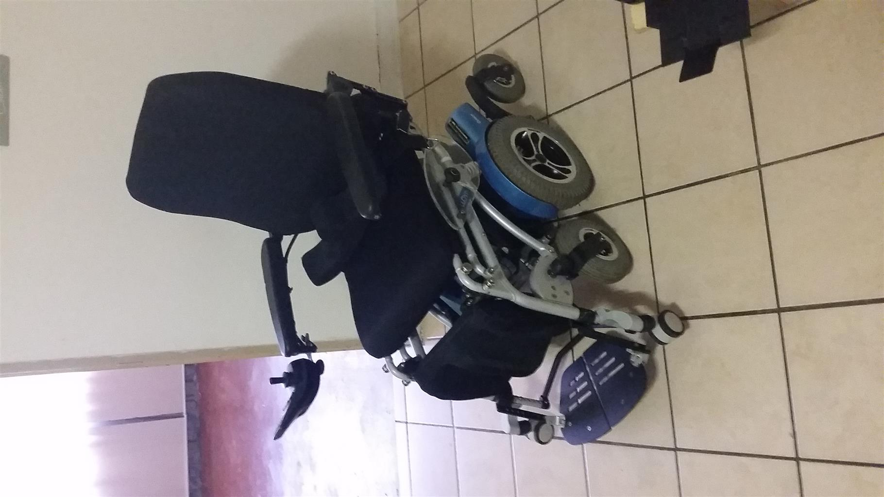 2017 Draco Lloyd Hydraulic electric wheelchair (Price is Negotiable)