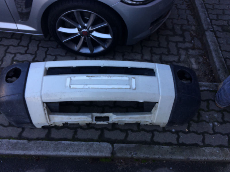 Land Rover Discovery 3 Front Bumper