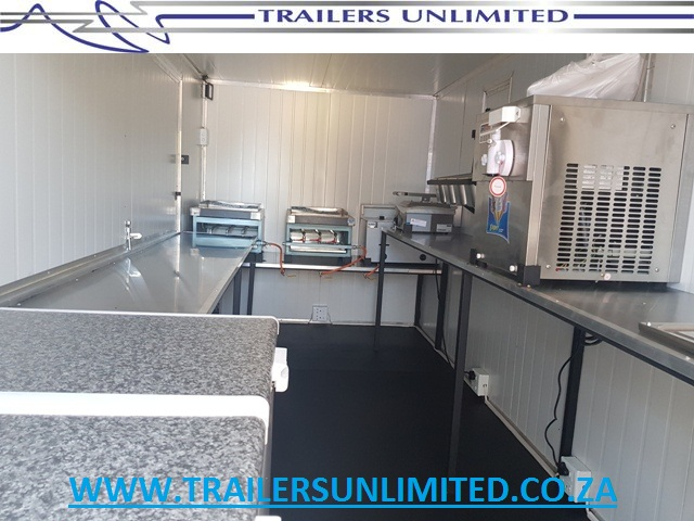 4500 X 2000 X 2200  MOBILE KITCHEN / FOOD TRAILER / CATERING TRAILER.