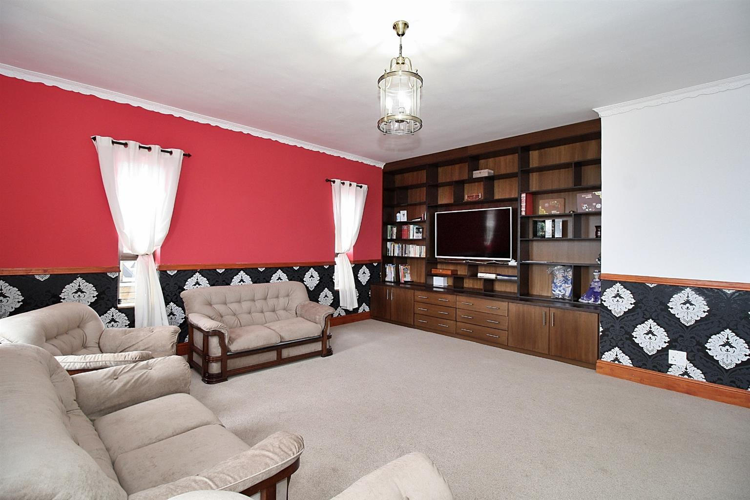 House For Sale in Firlands