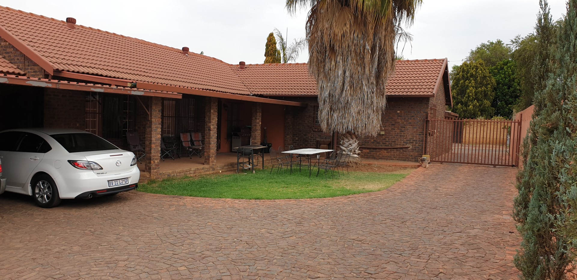 5 Bedroom Full-title House in a Security Complex, Montana Gardens