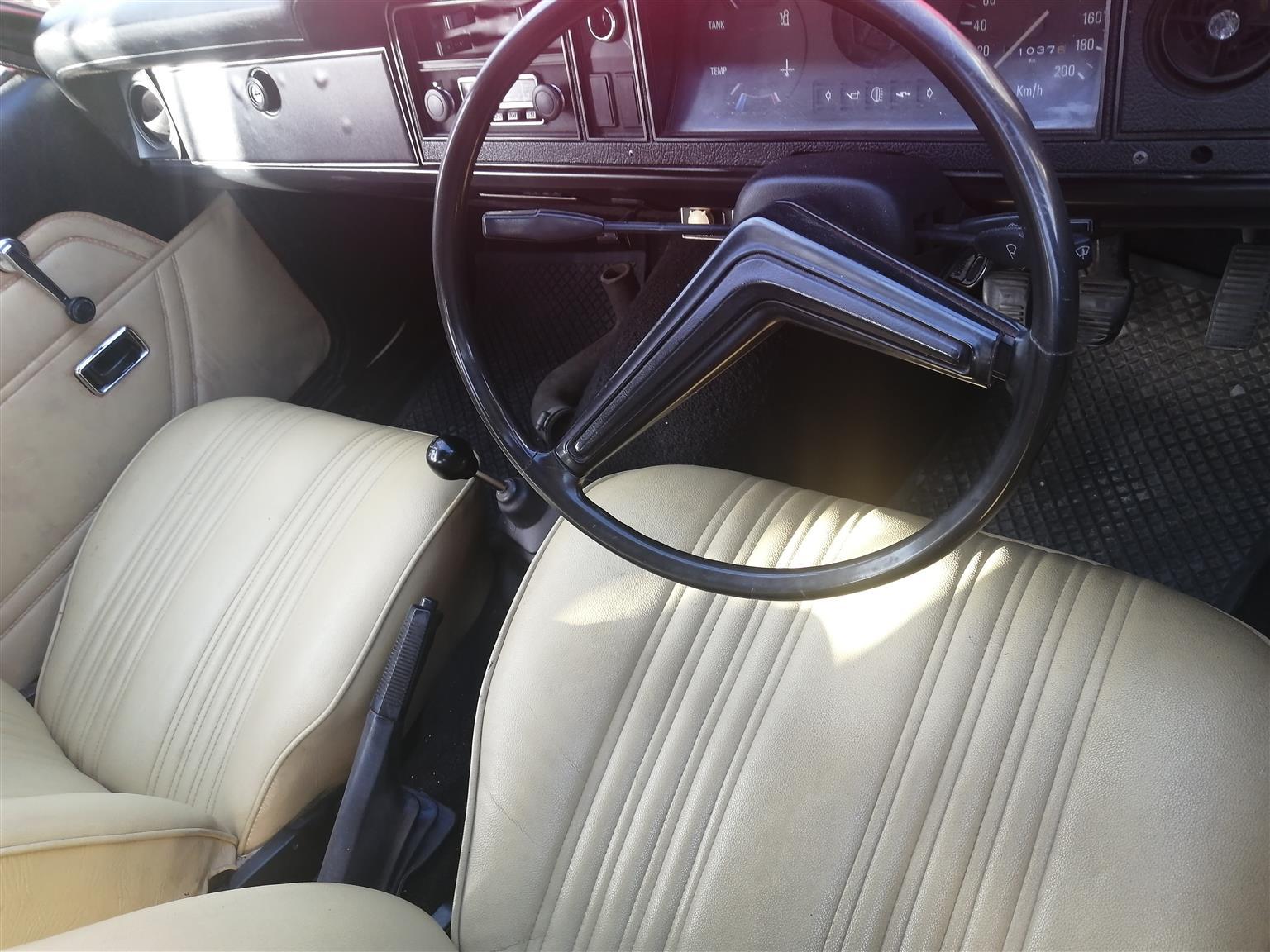 1976 Ford Cortina