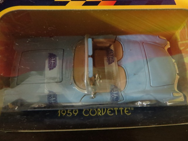 Various collectible 1/24 scale cars