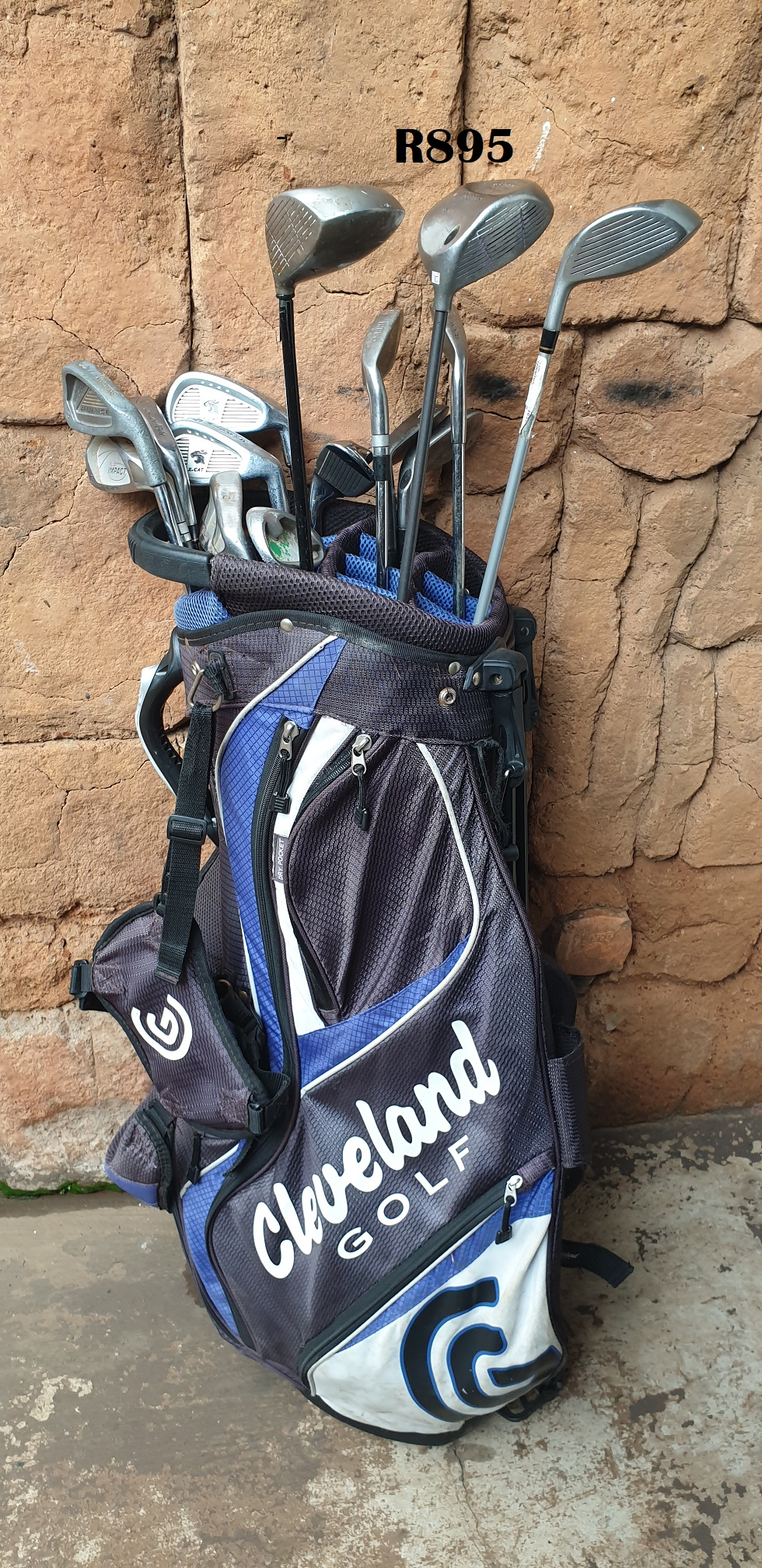 Cleveland Golfbag with 14 Golfclubs