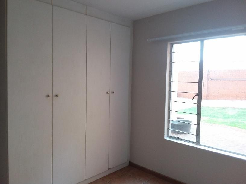Three bedroom flat in Clubview ( Savuti Complex) Centurion.