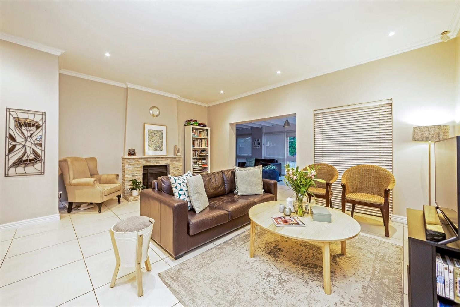 House For Sale in Parkmore