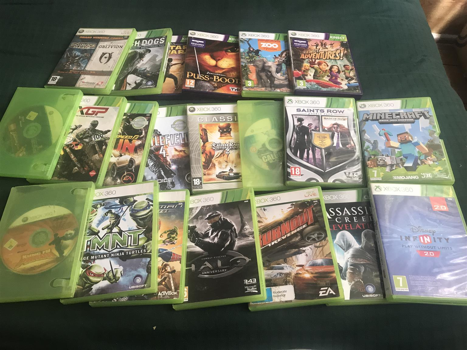 Xbox w/ 2 controllers, Kinect With 20 games