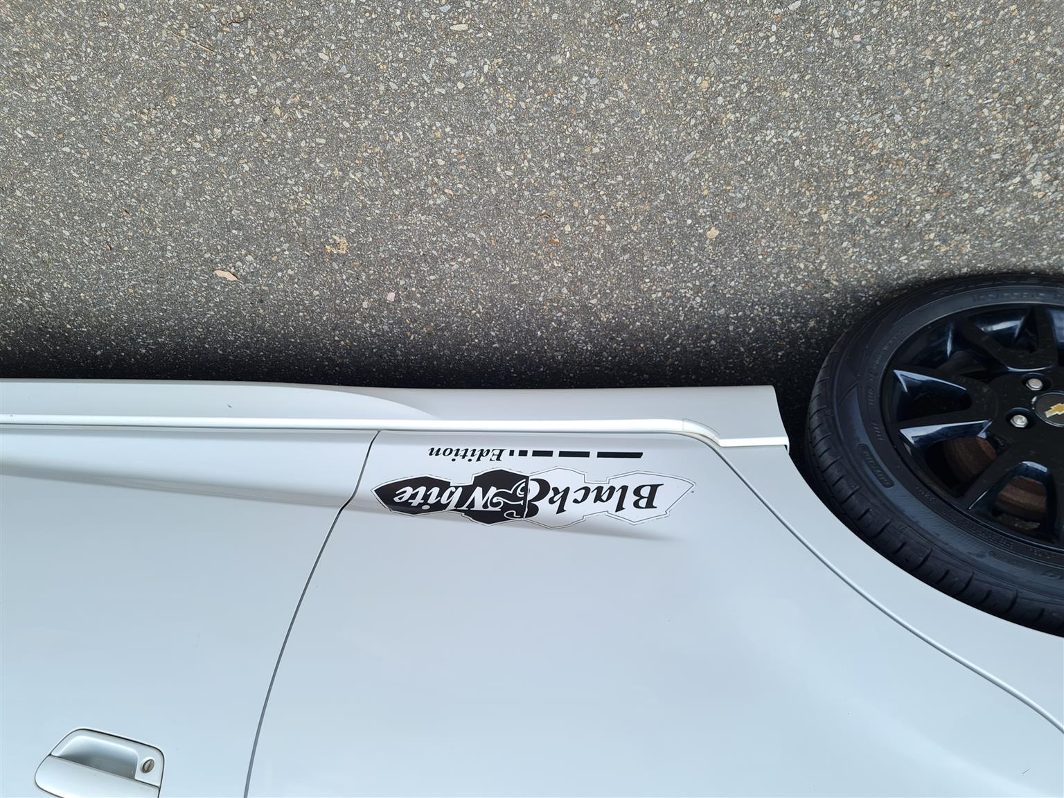 Chevrolet Spark 1.2 LS Black&White