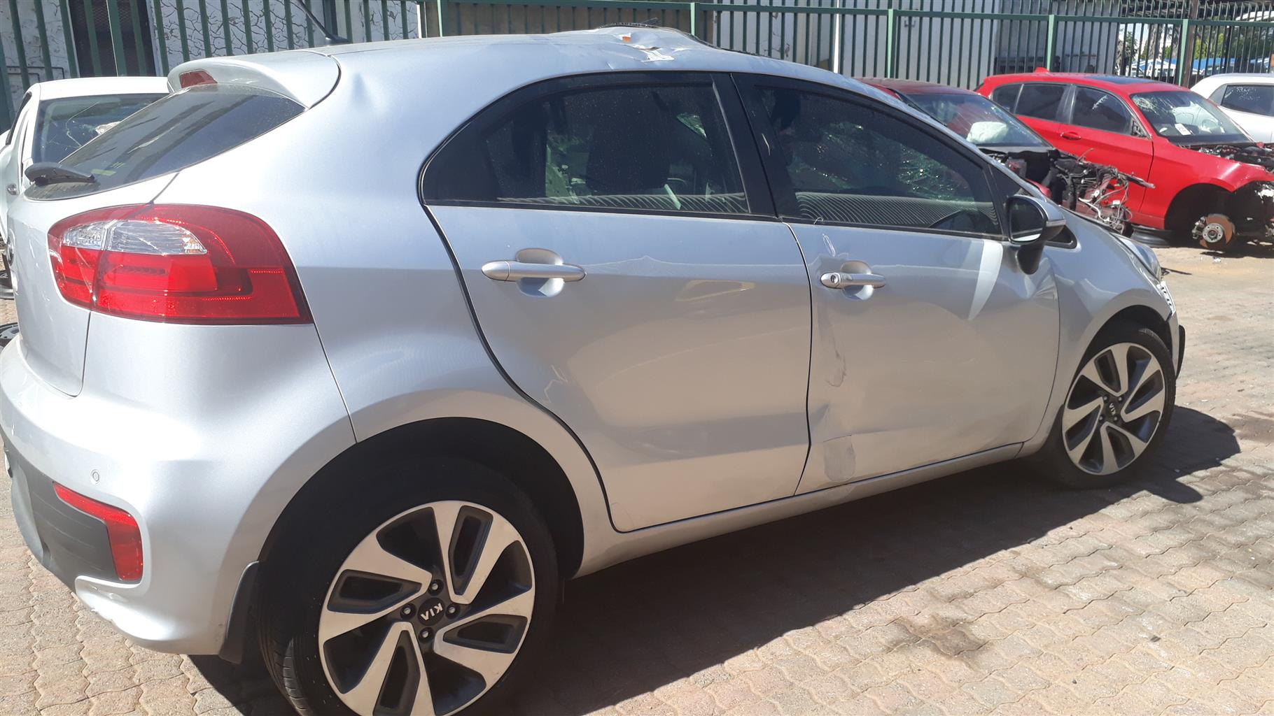 Stripping KIA RI0 2016 For Spares