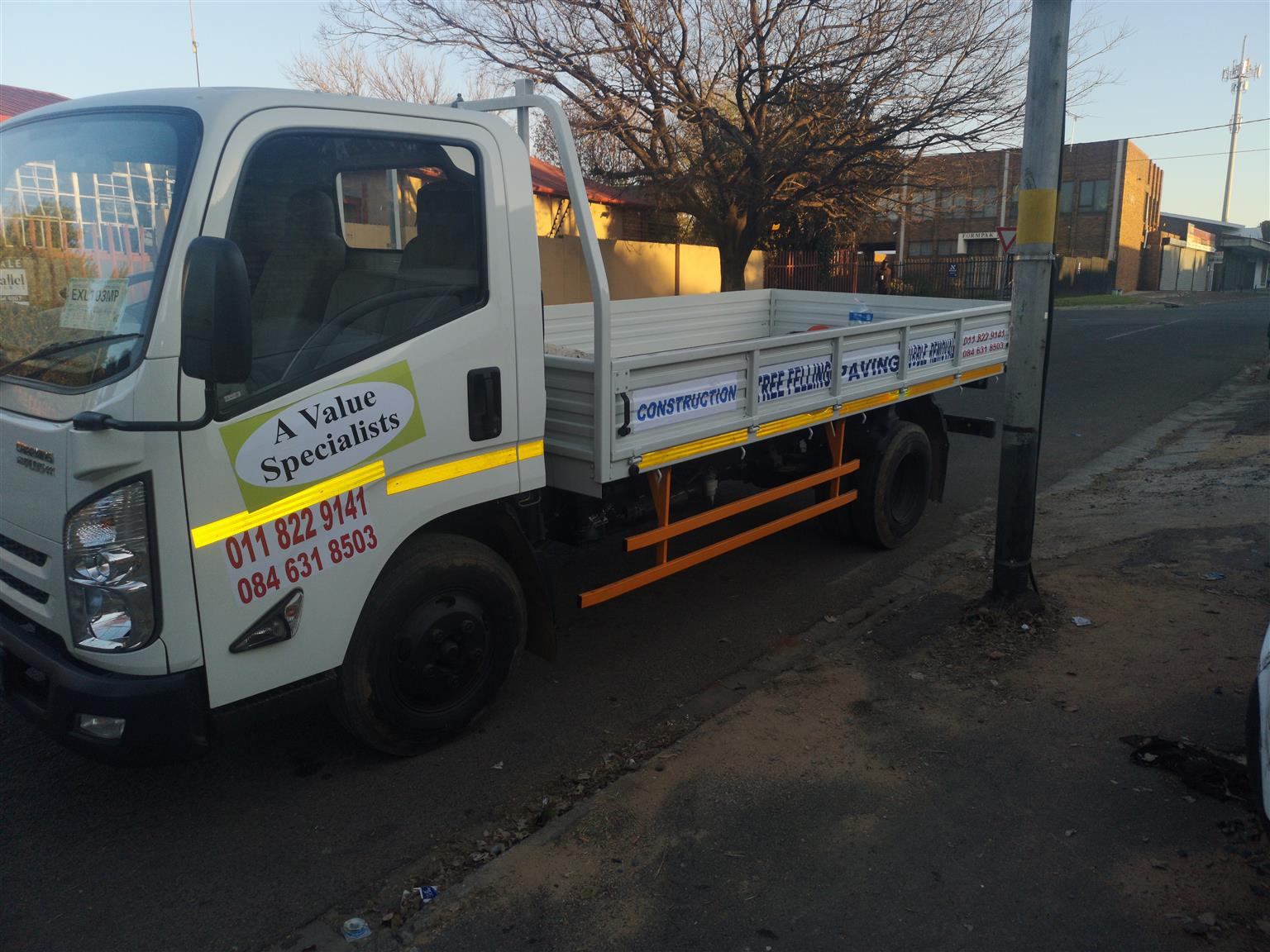 A-Value - 4 TON TRUCKS FOR HIRE