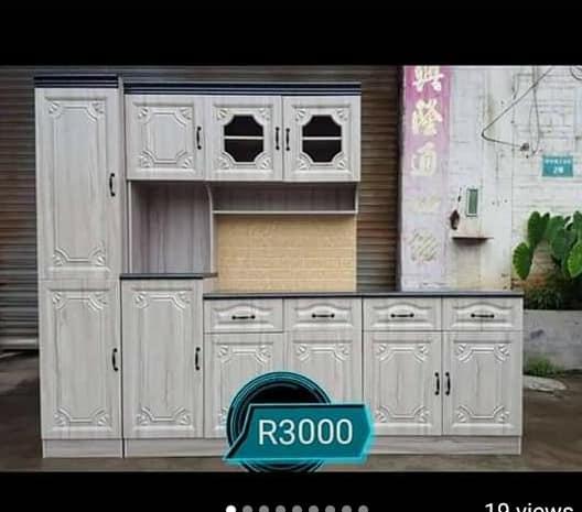 White wooden kitchen unit for sale