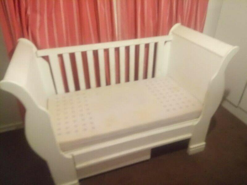Beautiful White Wooden Sleigh Cot/Crib