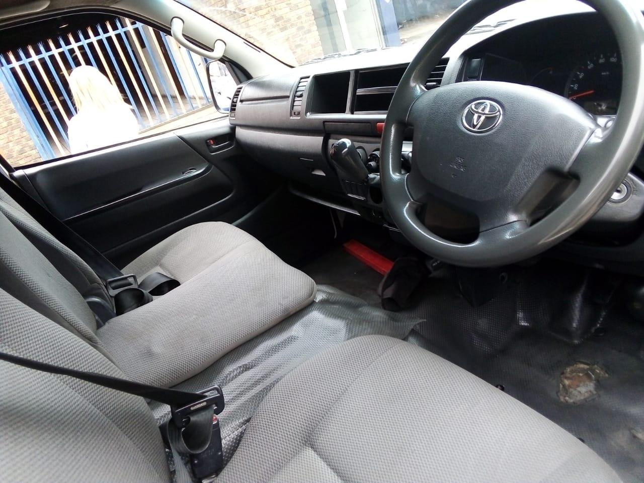 2016 Toyota Quantum SLWB panel van QUANTUM 2.8 SLWB F/C P/V