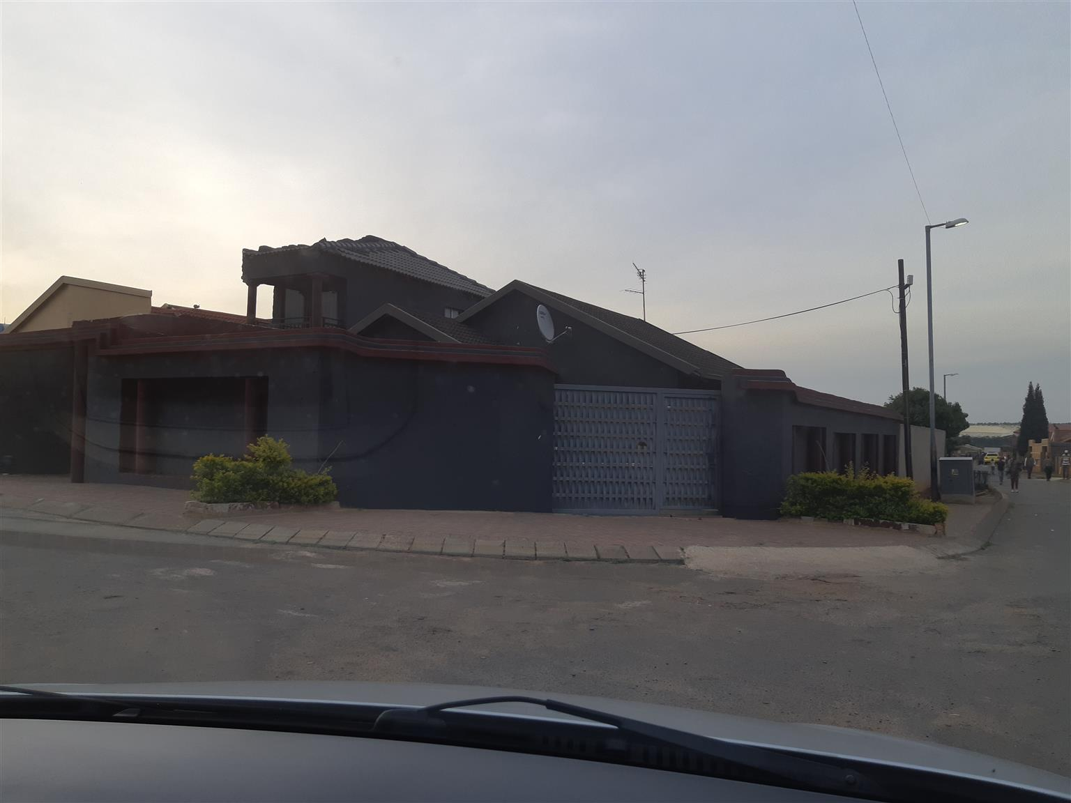 3 Bedroom House to Rent in Dobsonville Ext 2 Tlou Street