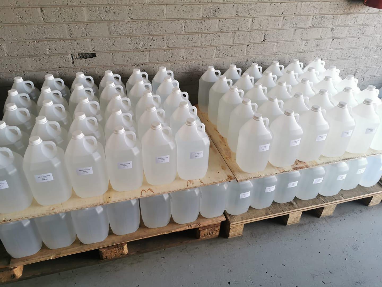 Sanitizer Liquid 70% alcohol
