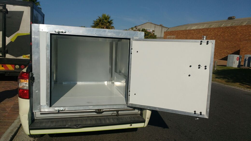 Custom-build Refrigeration Trailers