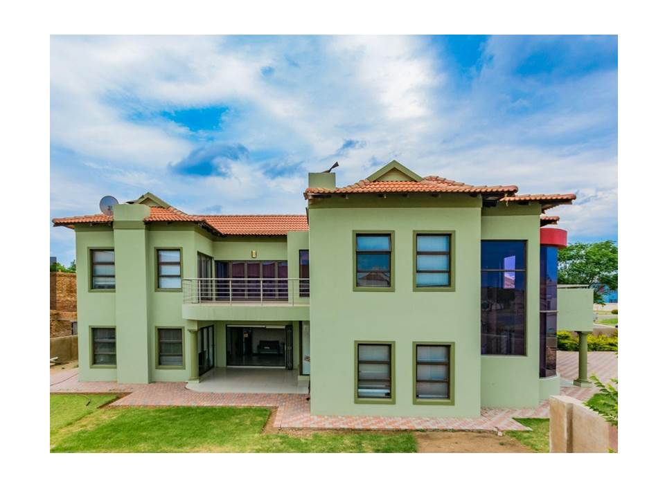5 Bedroom House for Sale in Savannah Country Estate