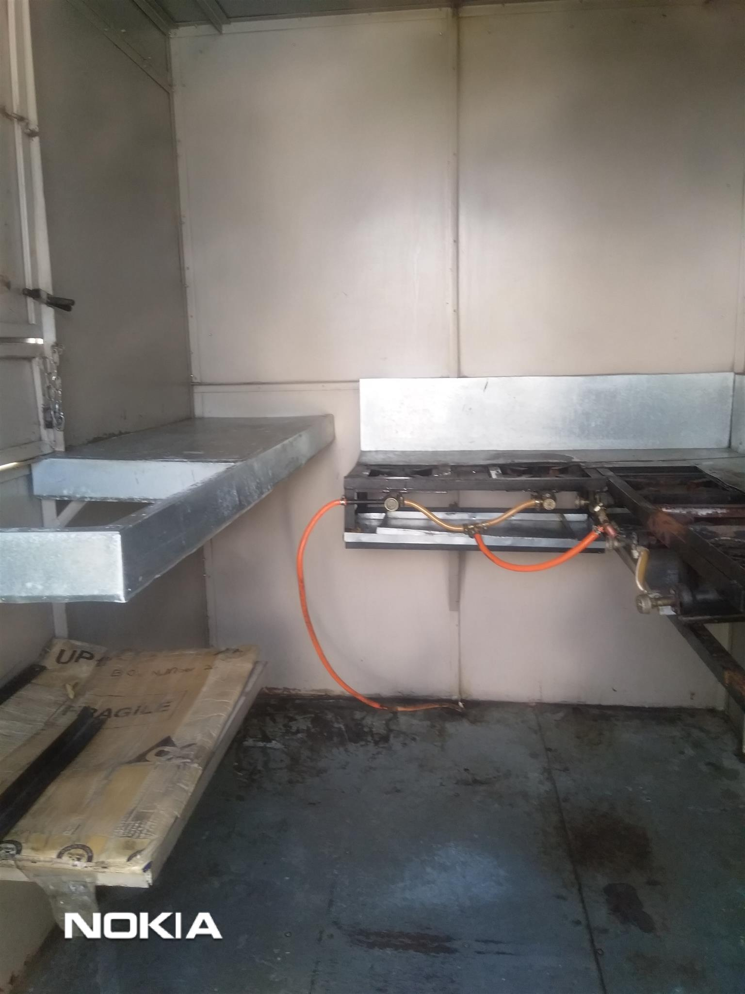 Nissan 1400 + food trailer forsale