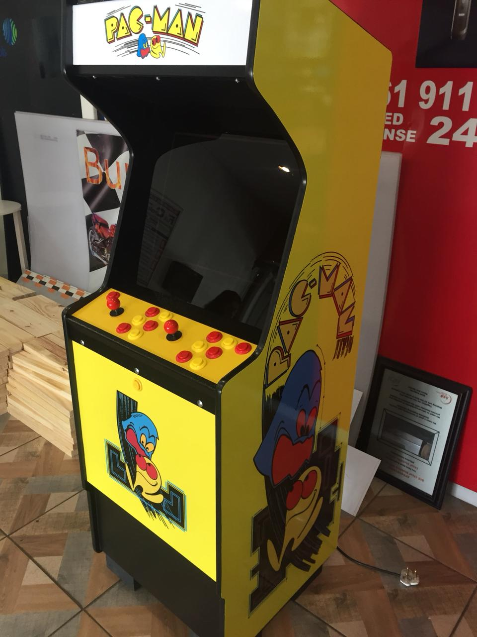 Arcades Pandora 4S+ game box 815 in 1 & Pinball machine or Back to the Future