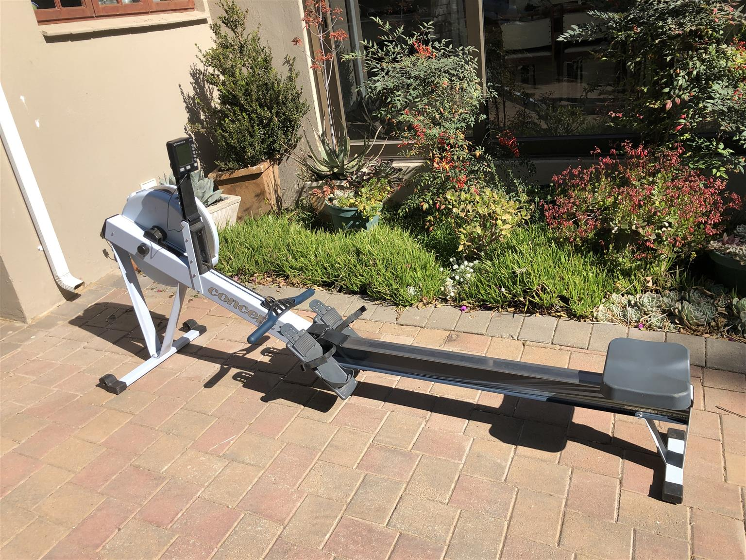 Used Concept 2 Rower >> Hardly Used Concept 2 Mp3 Rowing Machine In Excellent Condition Junk Mail