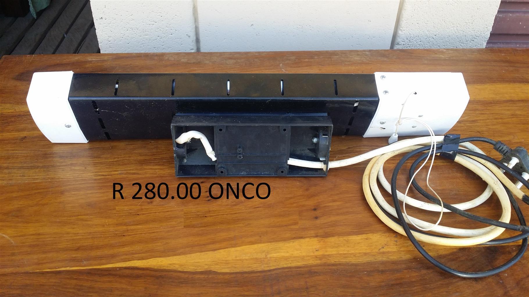 1 x Logik 2 bar heater