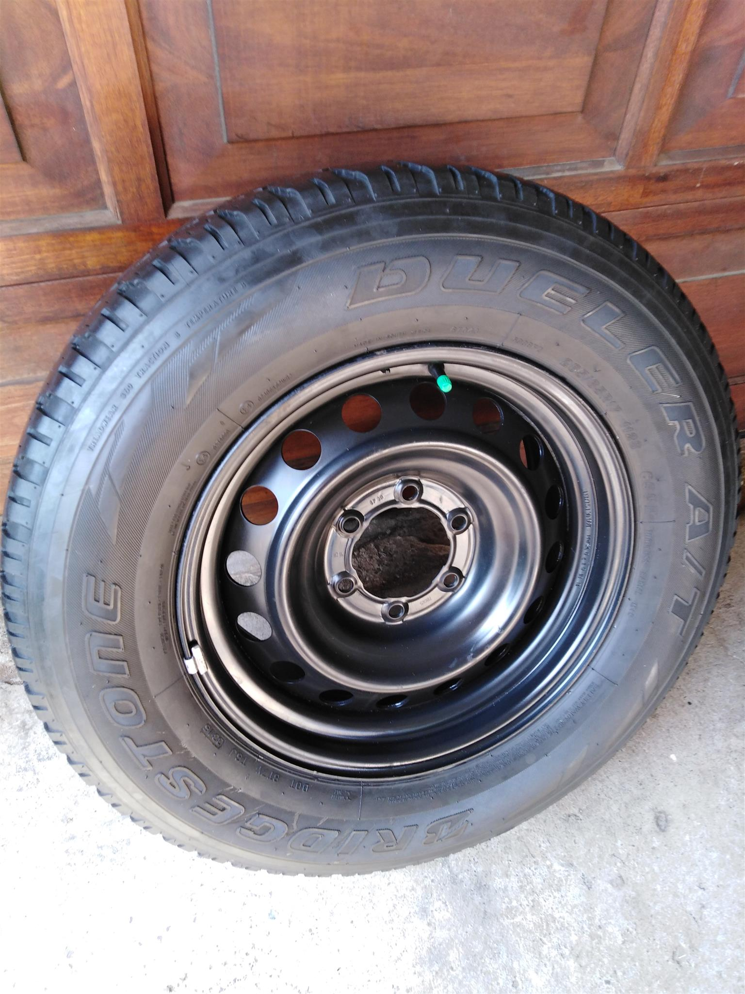 One Toyota Fortuner 17 inch Original Steel Spare Wheel with Bridgestone  Tyre R1850 | Junk Mail