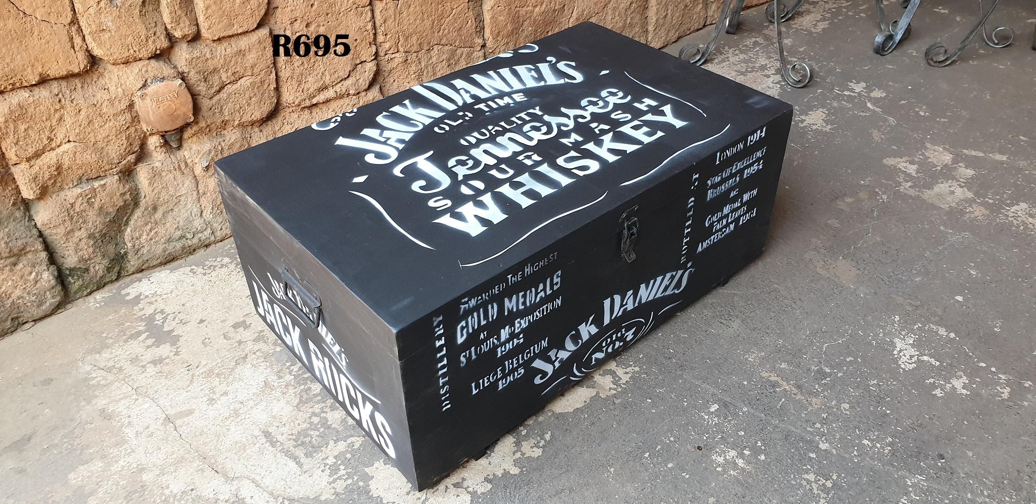 Wooden Jack Daniels Kist (800x490x335)
