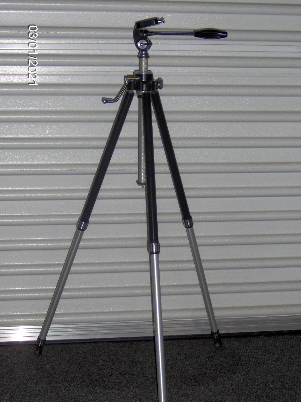 3 section EV Tripod for photographic work