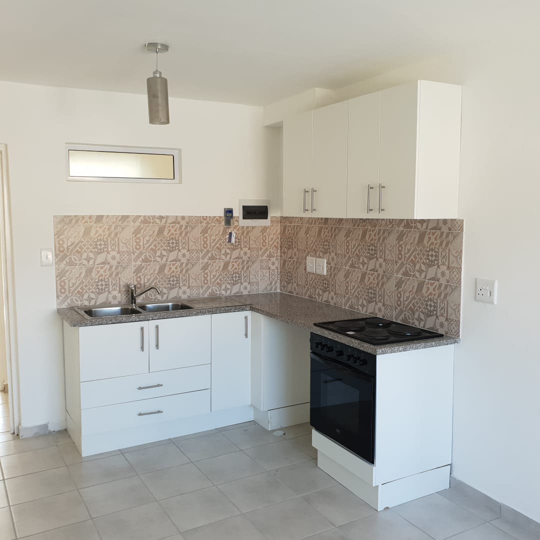 Le Petit Paris, Secure Brand New Upmarket 1 Bed Apartments - Paarl from  R5000-00 pm | Junk Mail