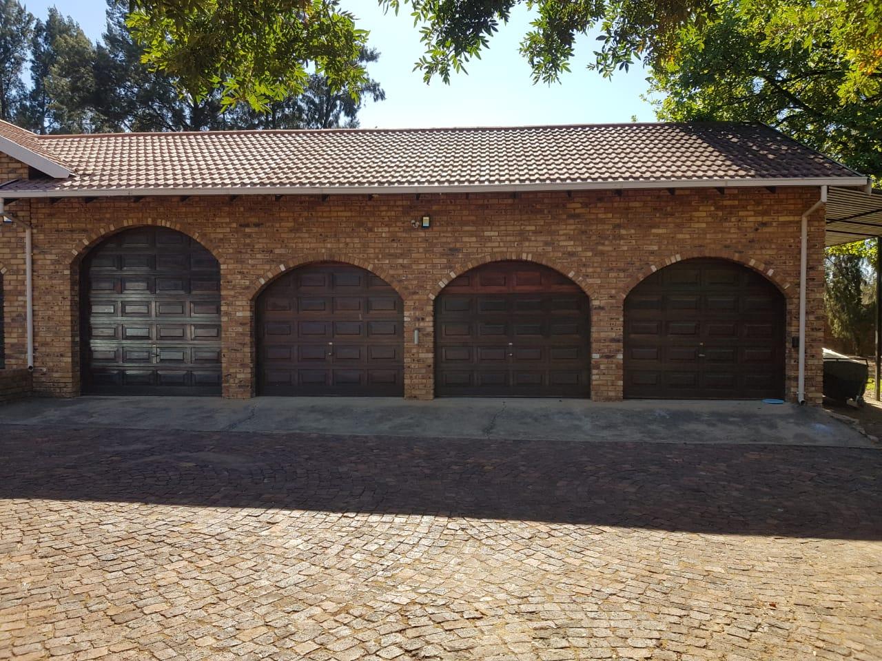 Garage Doors with Motors For Sale