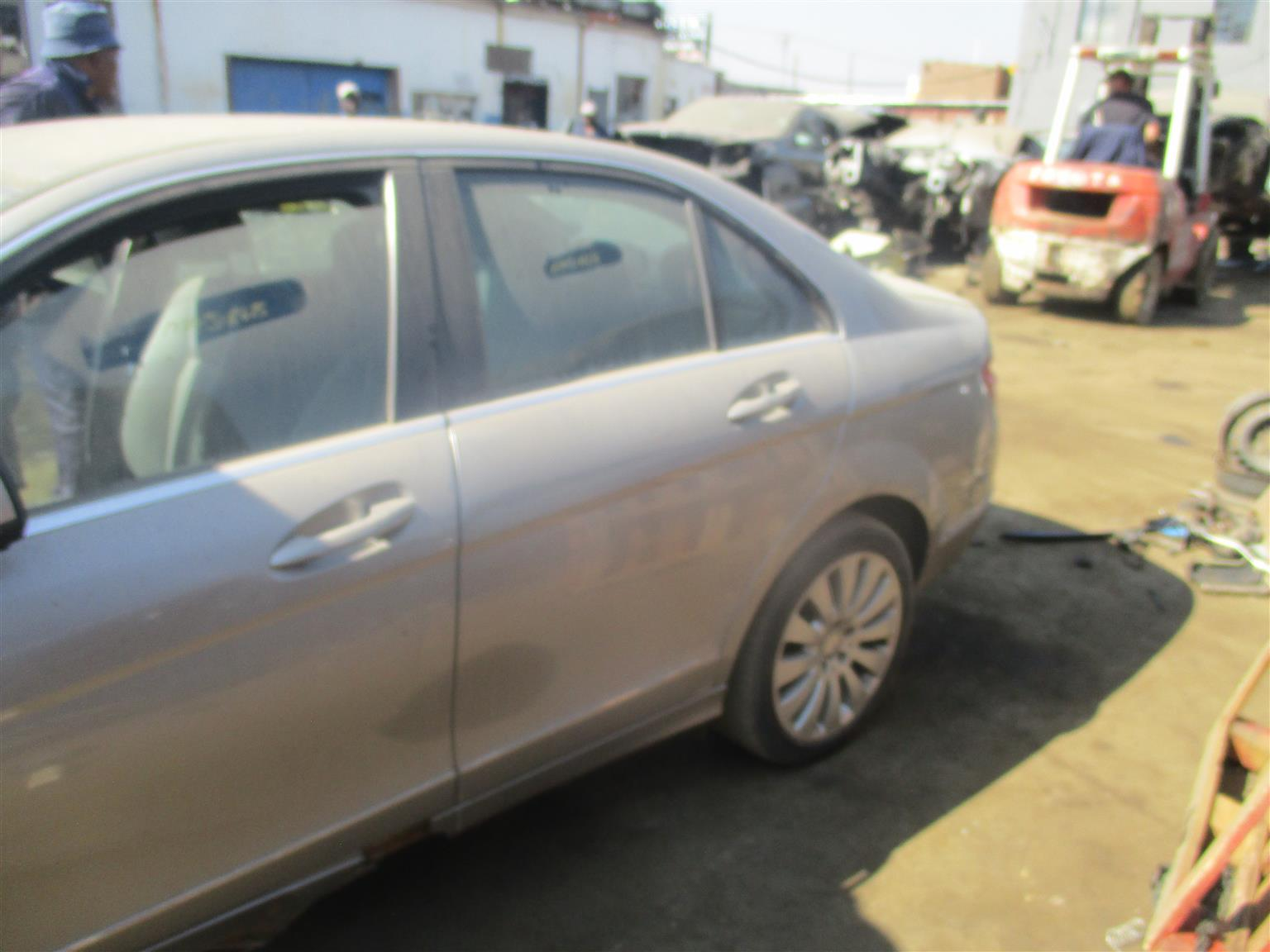 mercedes benz c280 w204 stripping for spares !!