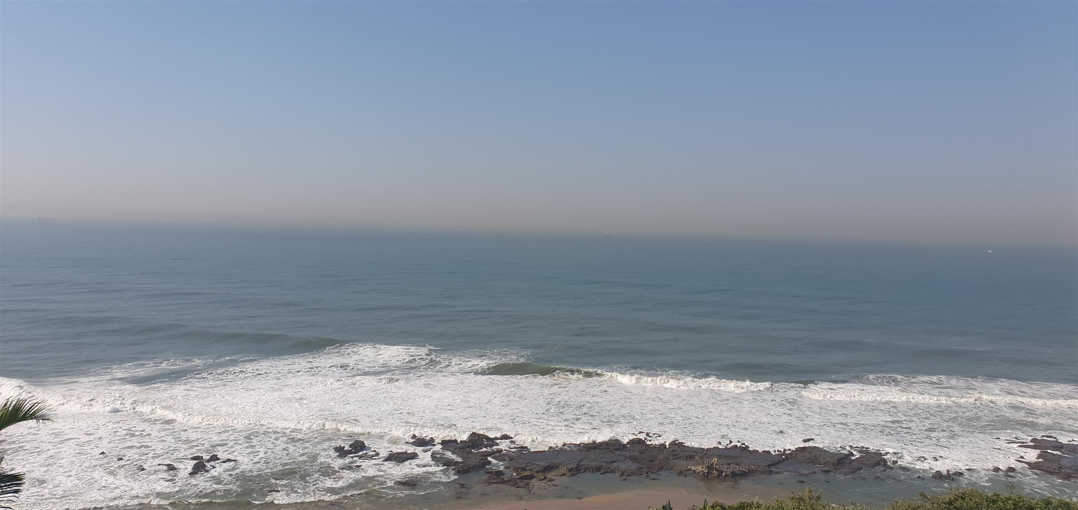 Umdloti - Three Bedroom Apartment with Immediate Ocean Views
