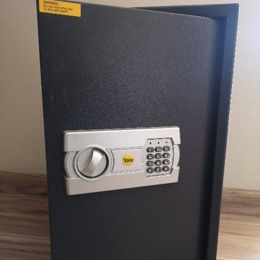 Electronic Safe FOR SALE
