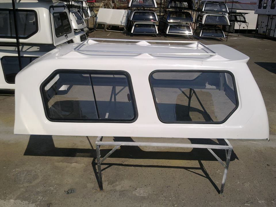 Isuzu Fleetside Lwb 2008 Gc Hi - Liner  with Roof rack Canopy for sale!!