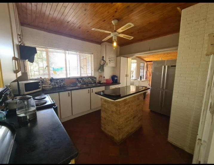 House For Sale in Kempton Park West
