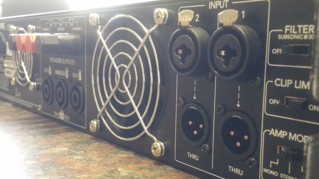 Mackie FRS-1700 Power Amplifier