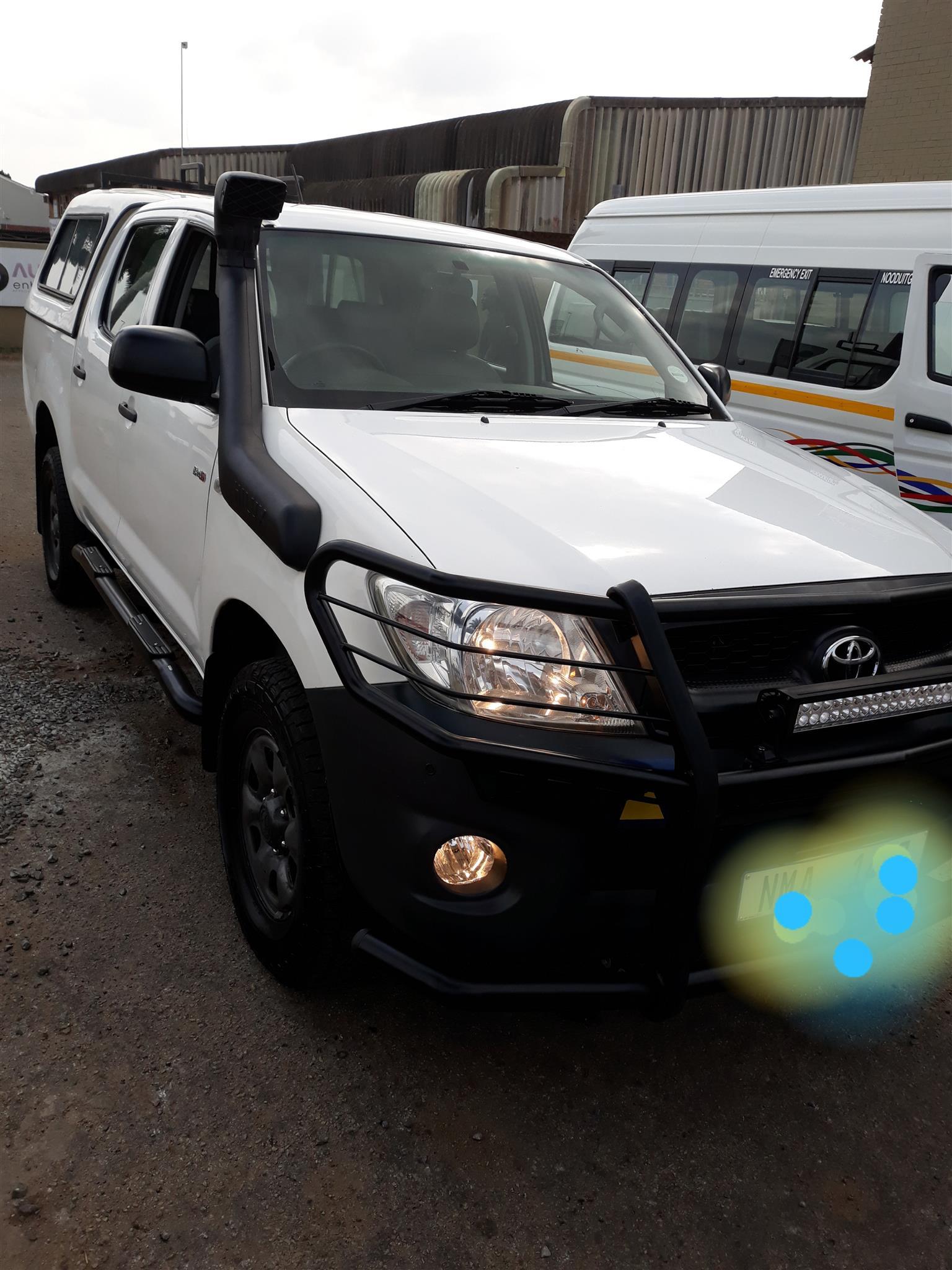 2011 Toyota Hilux double cab HILUX 2.4 GD 6 SRX 4X4 A/T P/U D/C