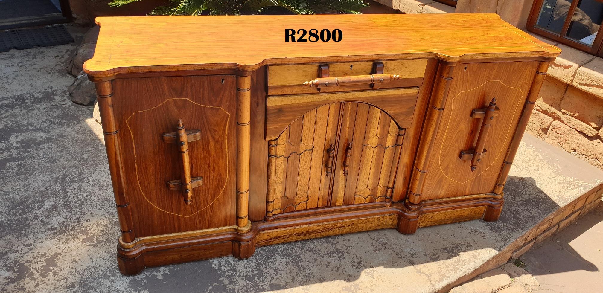 Vintage Teak Sideboard (1720x485x875)