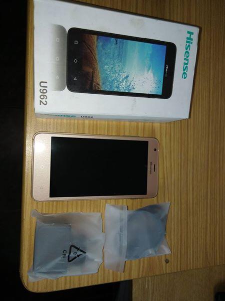 Hisense U962 phone